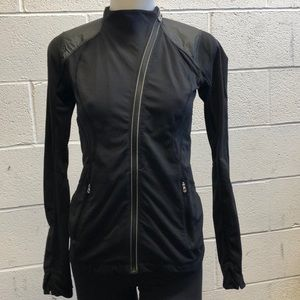Lululemon black jacket, sz 4, 61759